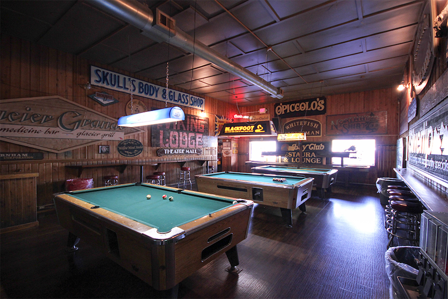 Great Northern Bar Grill Whitefish Montana - Nearest bar with pool table